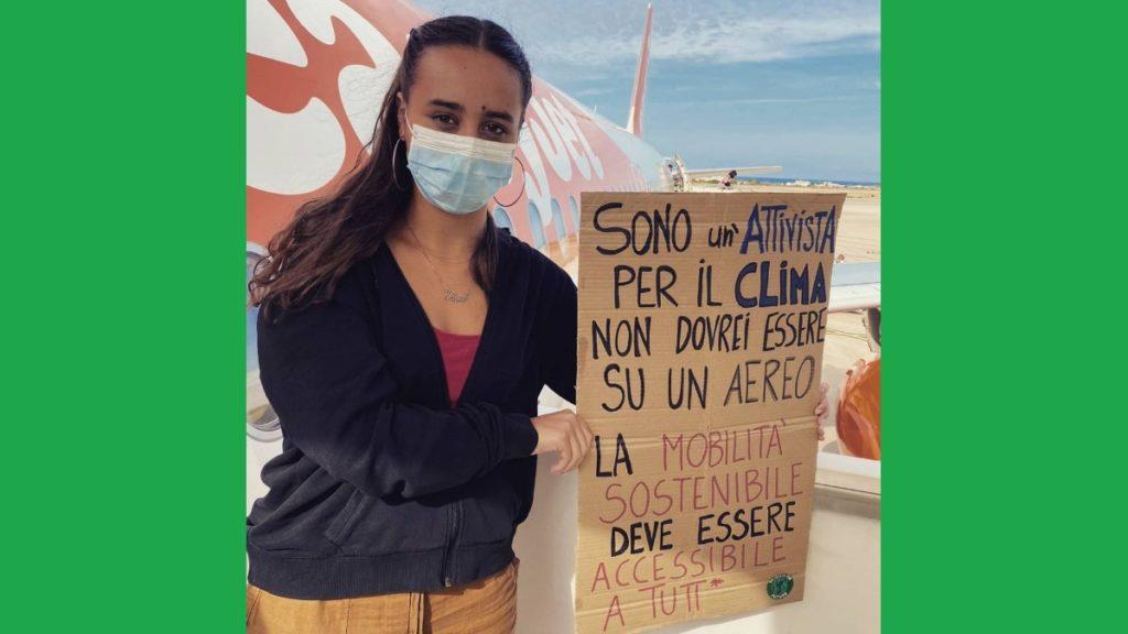 Sono un'attivista per il clima, non dovrei essere su un aereo